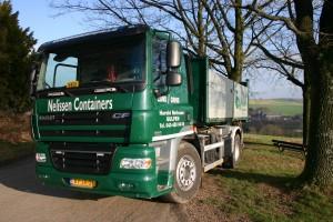 website belettering vrachtwagen nelissen containers